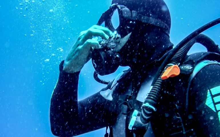 This is What Happens Inside Your Ear During A Scuba Dive!