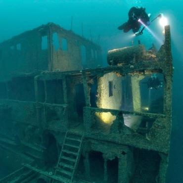 Top 8 Spots for Scuba Diving in Norway