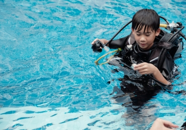 Should Kids Scuba Dive?
