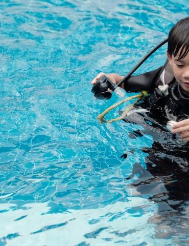 Should Kids Scuba Dive?