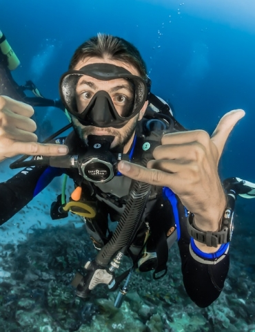 Best Gift Ideas for Scuba Divers and Ocean Lovers